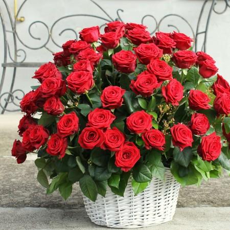 Cos Aniversare din trandafiri - valentine