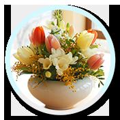 2 aranjament floral lalele
