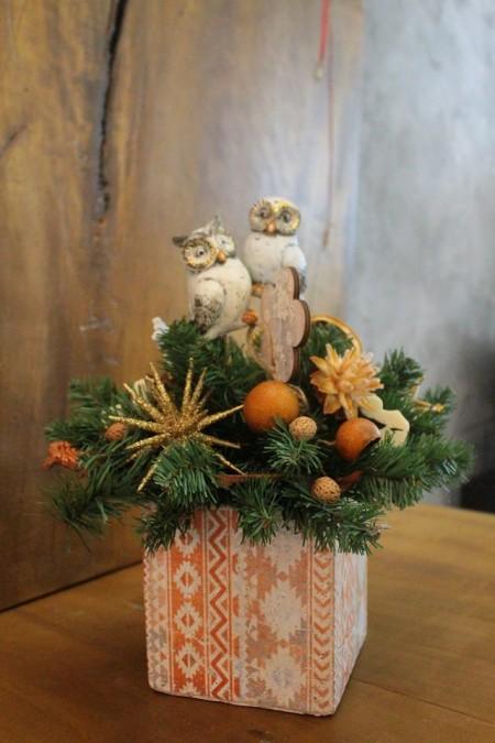 """Aranjament floral de Crăciun """"Bufnițe jucăușe"""""""