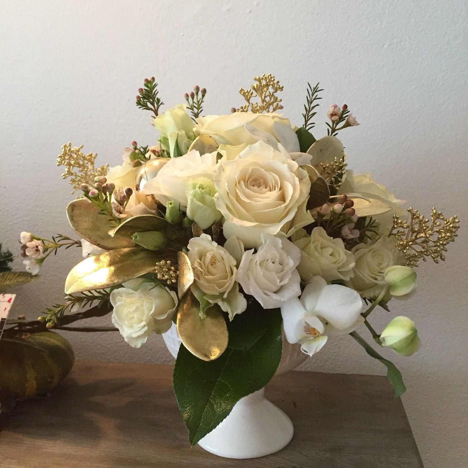 Aranjament Floral De Craciun White Christmas Enrose
