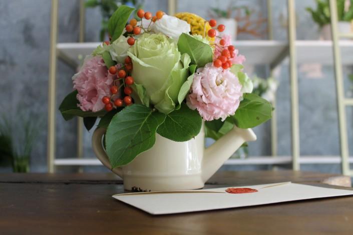 aranjament floral trandafiri lisianthus
