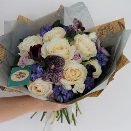 Buchet de flori Primăvara începe cu tine