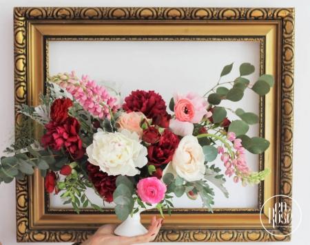 Aranjament floral de masa Peonies in Bloom
