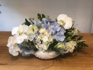 Aranjament albastru clasic in scoica