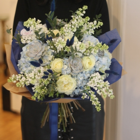 Buchet cu flori albastre Blue Moon