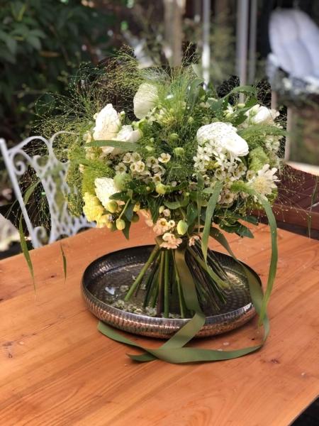 PREMIUM Buchet în spirală cu flori verzi Kyoto