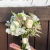 Mini buchet cu flori albe Petite Cheri