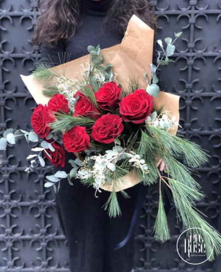 buchet funerar cu trandafiri Hearts