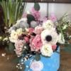 Aranjament floral în cutie Love Birds