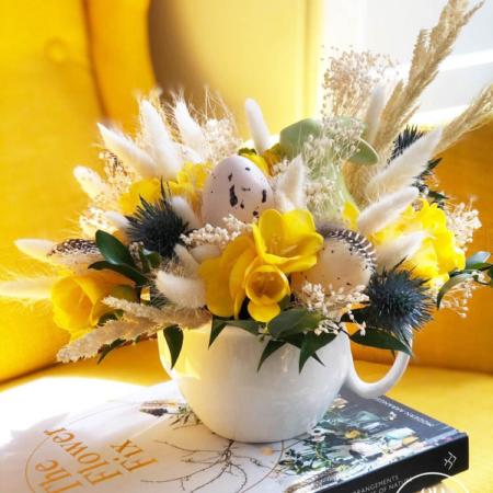 Aranjament floral Easter Story