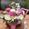 "aranjament floral de Paște ""Bunny suprise"""